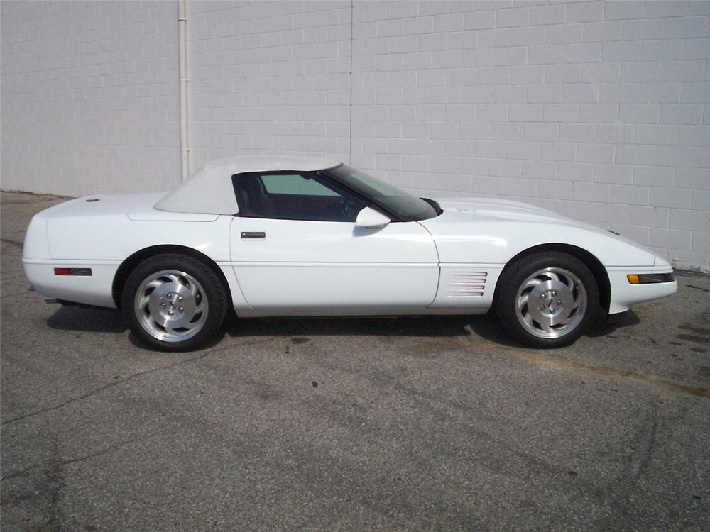 1994 CHEVROLET CORVETTE CONVERTIBLE - Side Profile - 49581