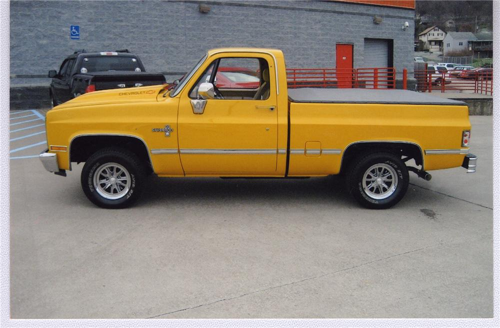 1987 CHEVROLET SHORT BED PICKUP - Side Profile - 49586
