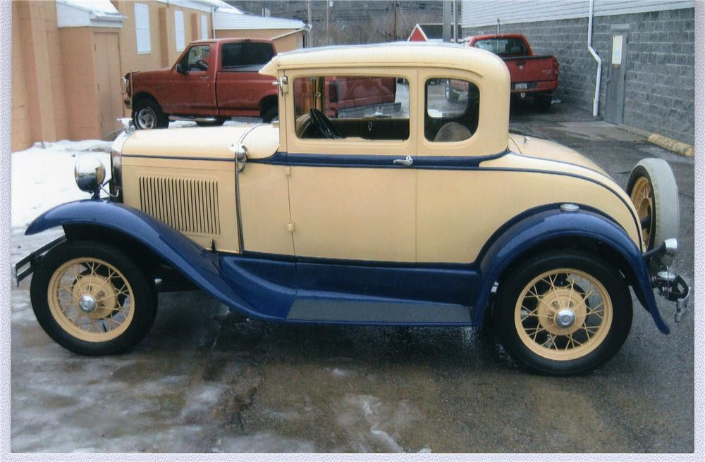 1930 FORD MODEL A COUPE - Side Profile - 49594