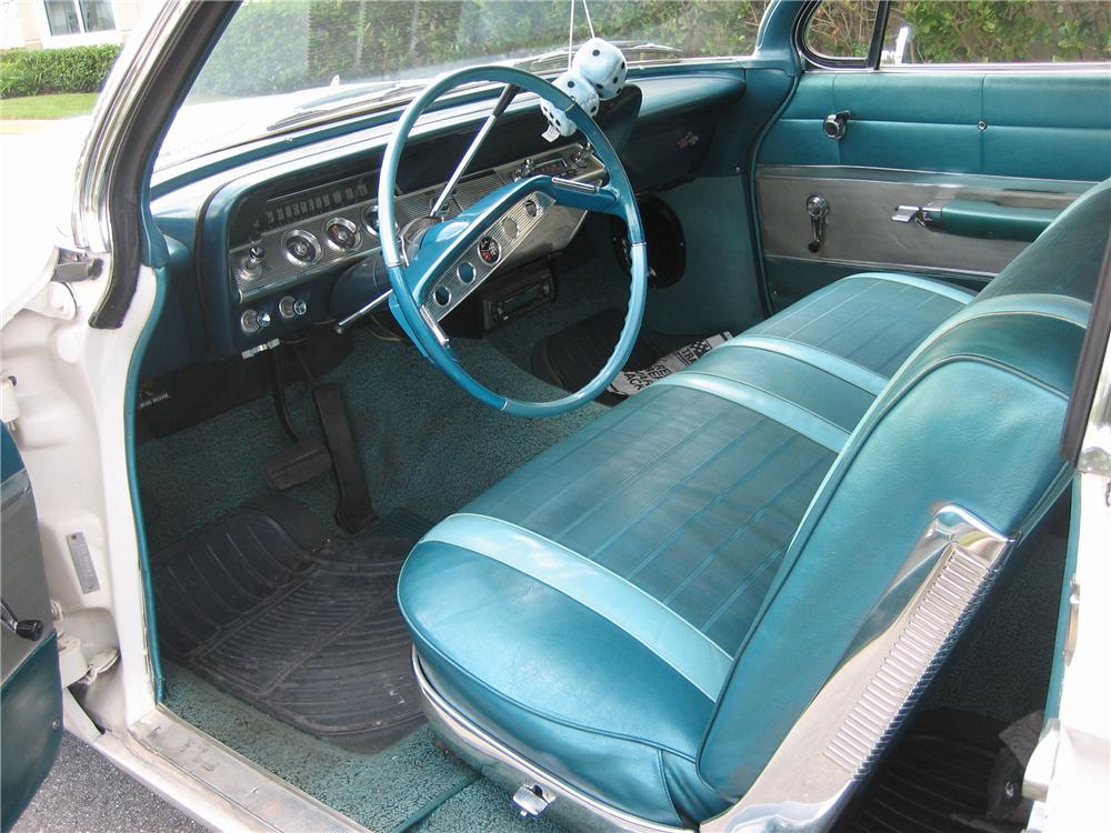 1961 CHEVROLET IMPALA CONVERTIBLE - Interior - 49595