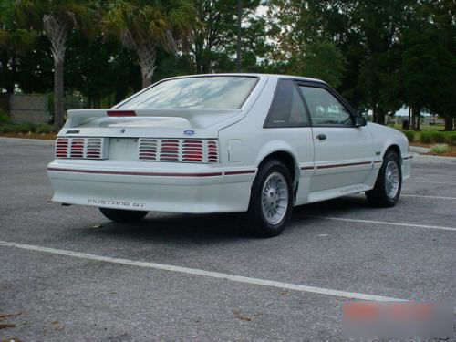 1990 FORD MUSTANG GT 2 DOOR HATCHBACK - Rear 3/4 - 49610