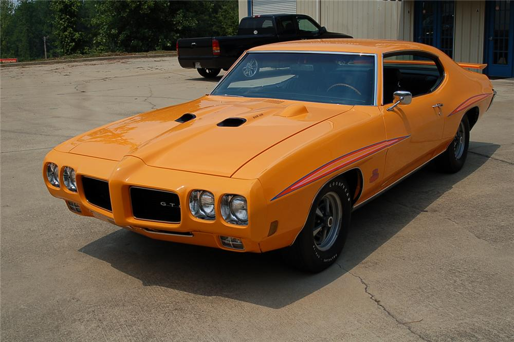 1970 PONTIAC GTO JUDGE COUPE - Front 3/4 - 49612