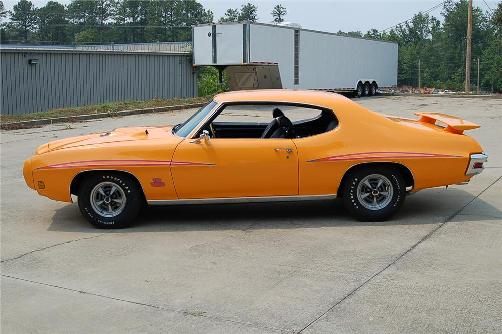 1970 PONTIAC GTO JUDGE COUPE - Side Profile - 49612