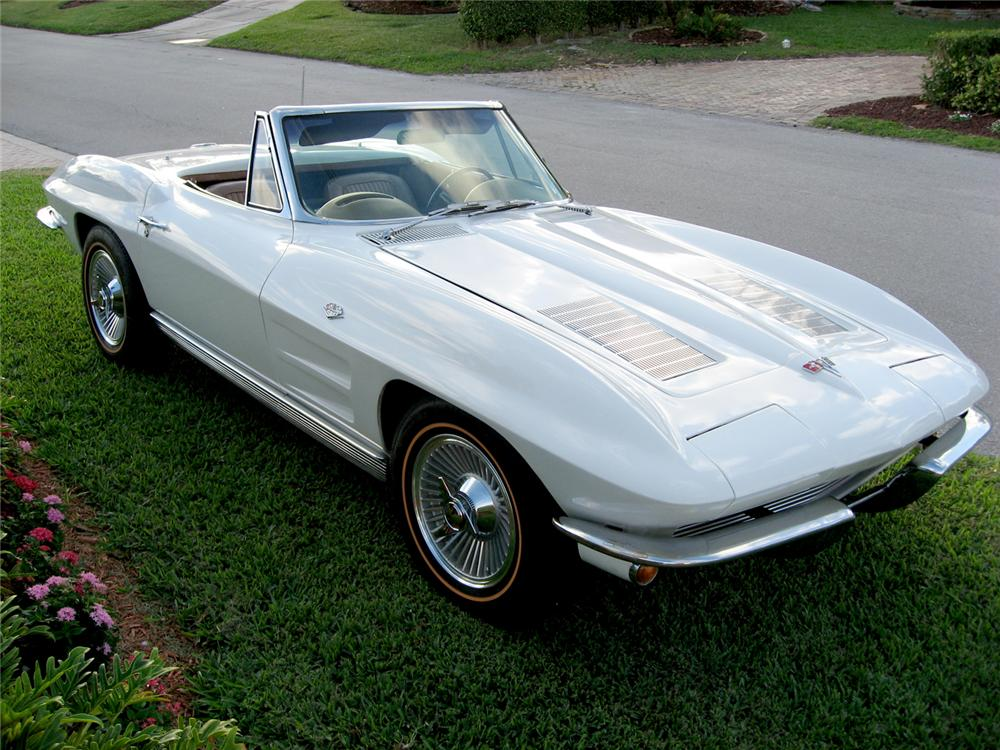 1963 CHEVROLET CORVETTE CONVERTIBLE - Front 3/4 - 49619