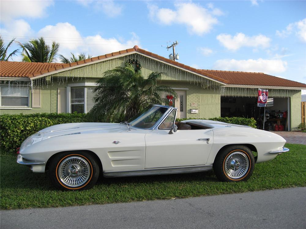 1963 CHEVROLET CORVETTE CONVERTIBLE - Side Profile - 49619