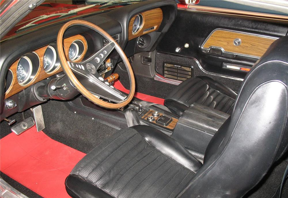 1969 SHELBY GT350 FASTBACK - Interior - 49621
