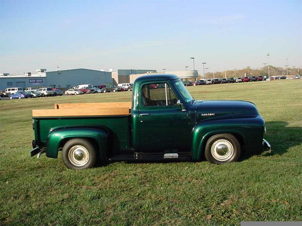 1953 FORD F-100 CUSTOM PICKUP - Side Profile - 49627
