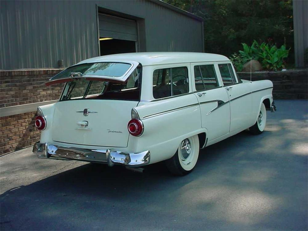 1956 FORD COUNTRY SEDAN STATION WAGON - Rear 3/4 - 49629