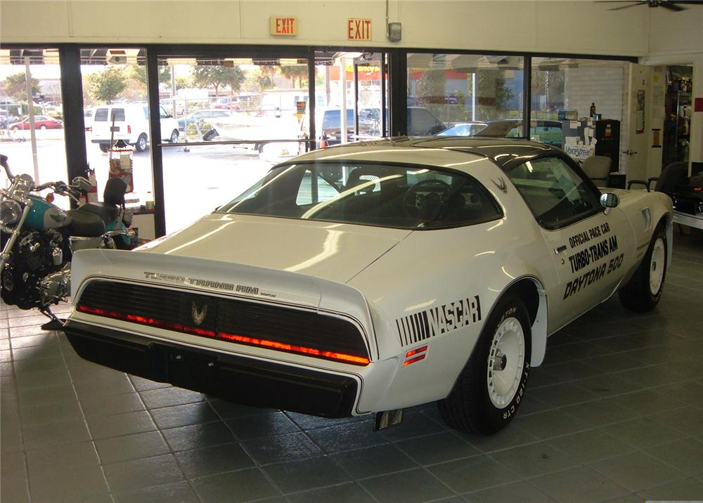 1981 PONTIAC TRANS AM COUPE - Rear 3/4 - 49656