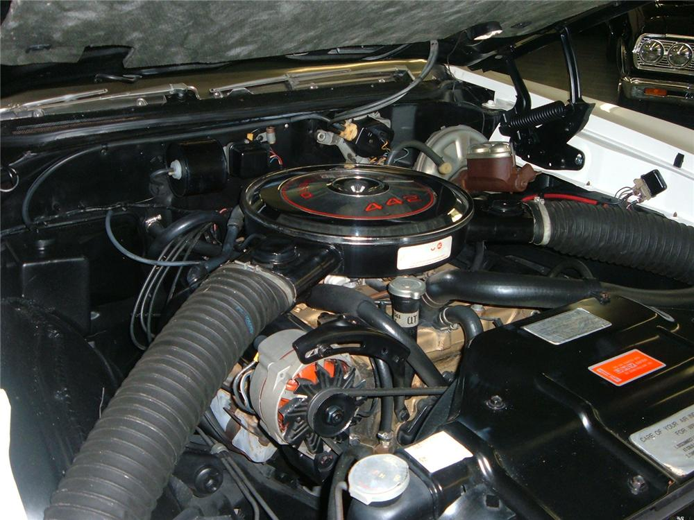 1968 OLDSMOBILE 442 CONVERTIBLE - Engine - 49660