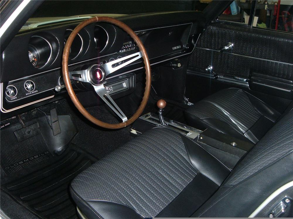 1968 OLDSMOBILE 442 CONVERTIBLE - Interior - 49660