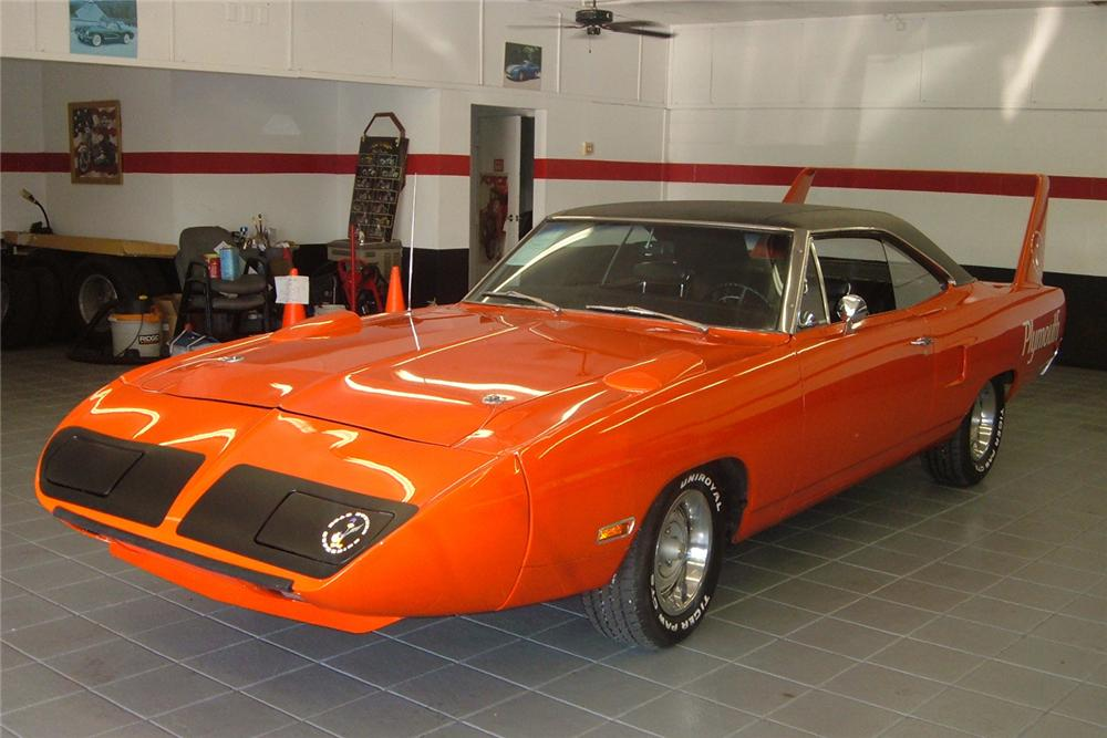 1970 PLYMOUTH SUPERBIRD 2 DOOR HARDTOP - Front 3/4 - 49664