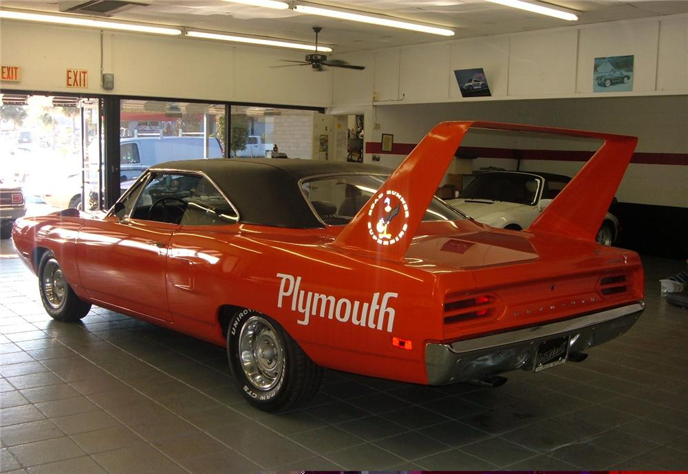 1970 PLYMOUTH SUPERBIRD 2 DOOR HARDTOP - Rear 3/4 - 49664