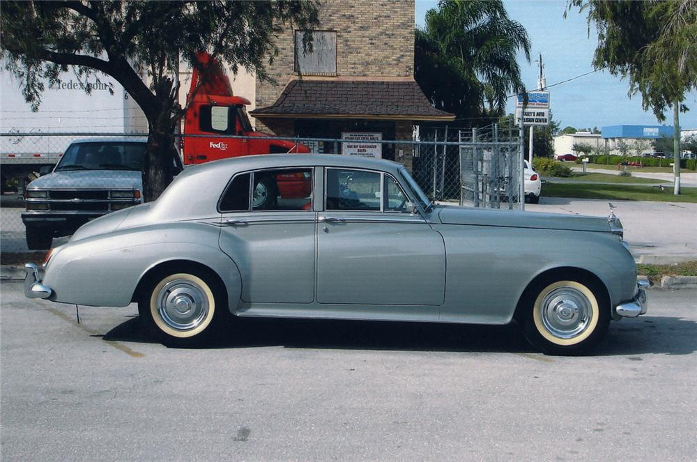 1960 ROLLS-ROYCE SILVER CLOUD II 4 DOOR SEDAN - Side Profile - 49665