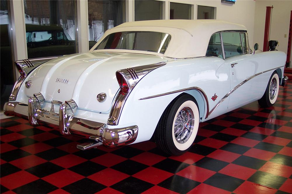 1954 BUICK SKYLARK CONVERTIBLE - Rear 3/4 - 49704