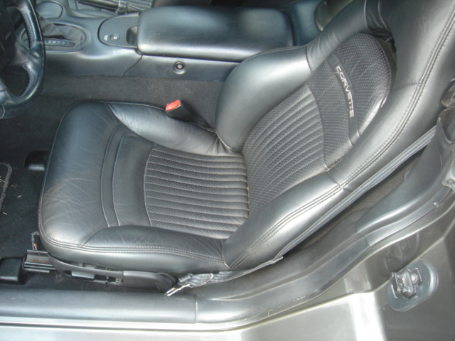 1998 CHEVROLET CORVETTE CONVERTIBLE - Interior - 49716