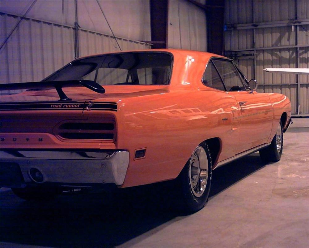 1970 PLYMOUTH ROAD RUNNER 440 SIX PACK - Rear 3/4 - 49732