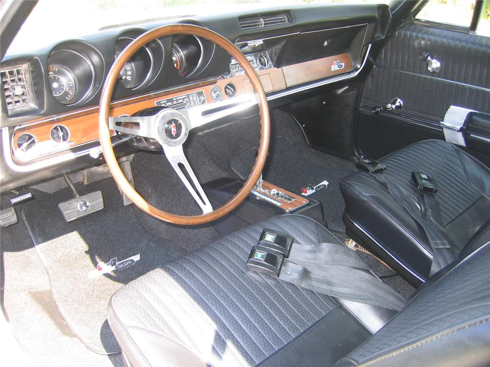 1968 OLDSMOBILE HURST COUPE - Interior - 49737