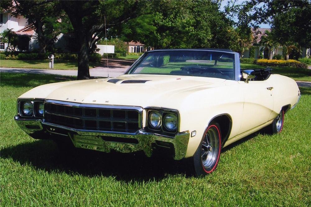 1969 BUICK GS CONVERTIBLE - Front 3/4 - 49741