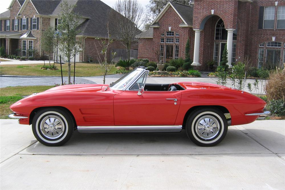 1964 CHEVROLET CORVETTE CONVERTIBLE - Front 3/4 - 49744