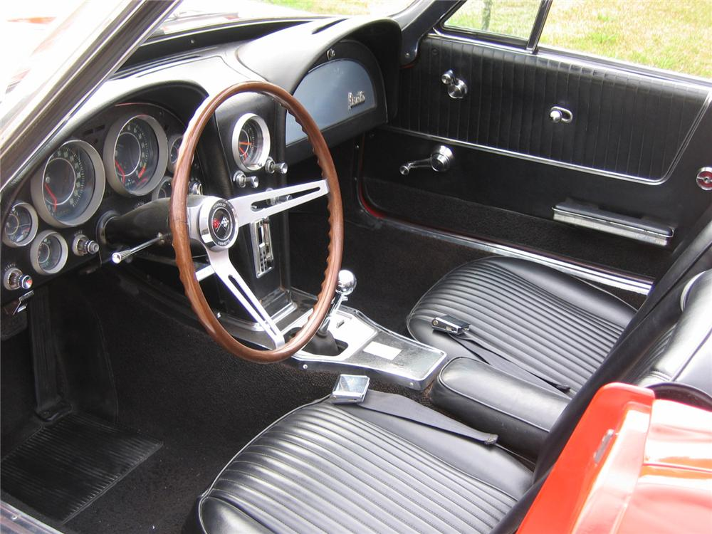 1964 CHEVROLET CORVETTE CONVERTIBLE - Interior - 49744