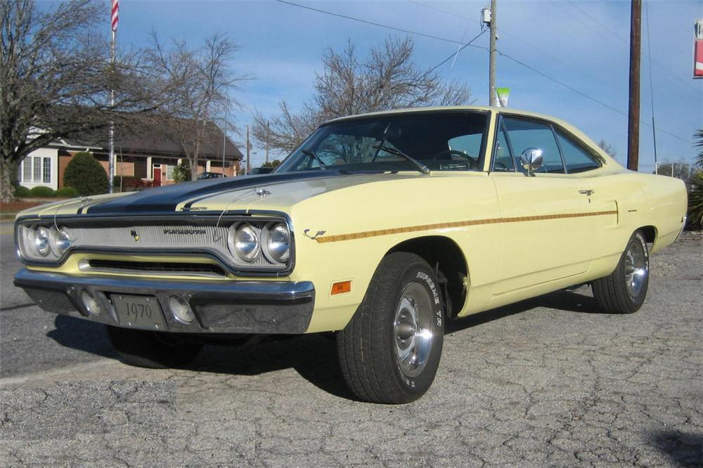 1970 PLYMOUTH ROAD RUNNER RE-CREATION COUPE - Front 3/4 - 49753