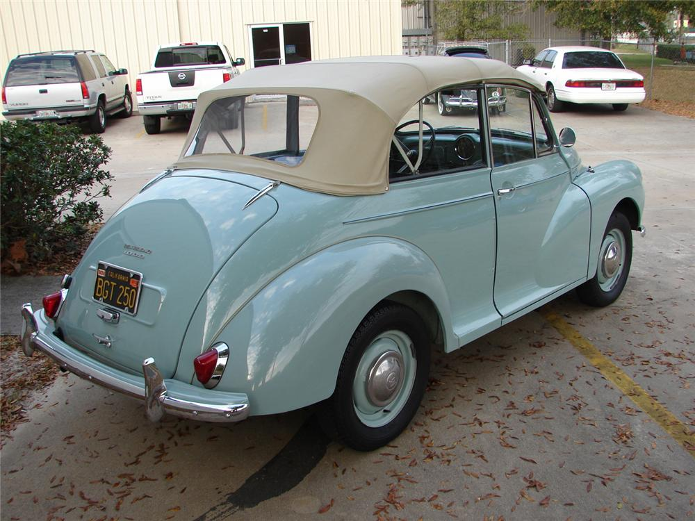 1960 MORRIS MINOR CONVERTIBLE - Rear 3/4 - 49763