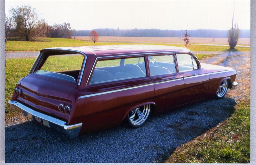 1962 CHEVROLET BEL AIR CUSTOM STATION WAGON - Rear 3/4 - 49782