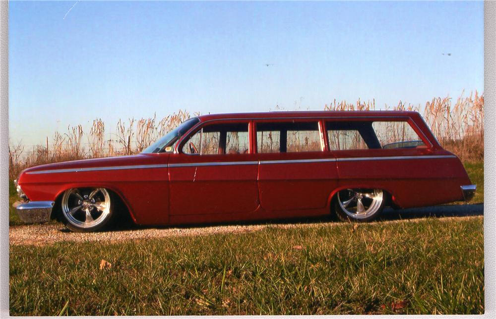 1962 CHEVROLET BEL AIR CUSTOM STATION WAGON - Side Profile - 49782