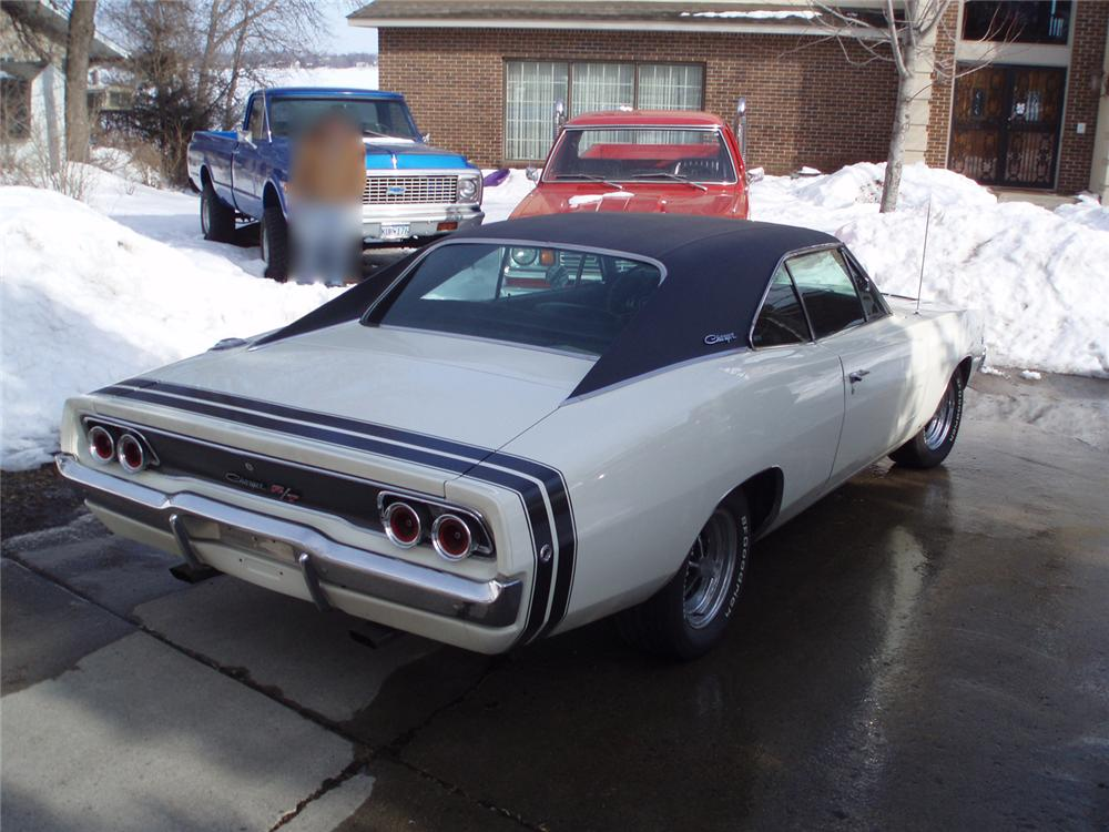 1968 DODGE CHARGER R/T 2 DOOR HARDTOP - Rear 3/4 - 49798