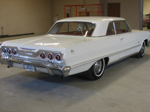 1963 CHEVROLET IMPALA 2 DOOR HARDTOP - Rear 3/4 - 49847