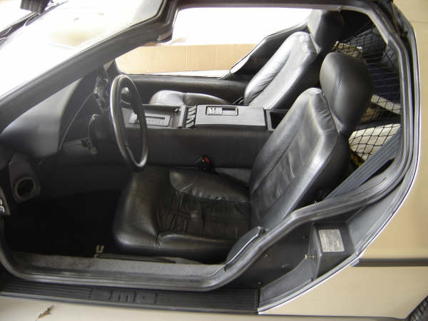 1981 DELOREAN COUPE - Interior - 49849
