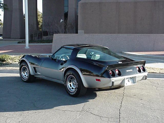 1978 CHEVROLET CORVETTE SILVER ANNIVERSARY PACE CAR - Rear 3/4 - 49861