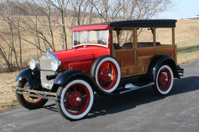 1929 FORD MODEL A WOODY - Front 3/4 - 49869