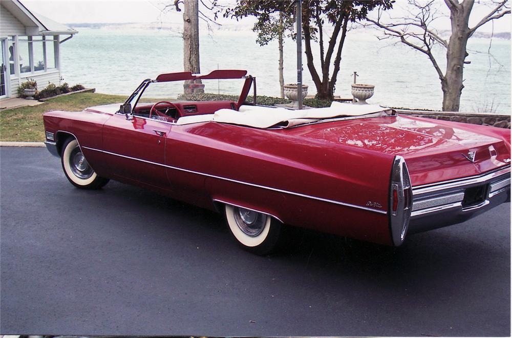 1968 CADILLAC 2 DOOR CONVERTIBLE - Rear 3/4 - 49877