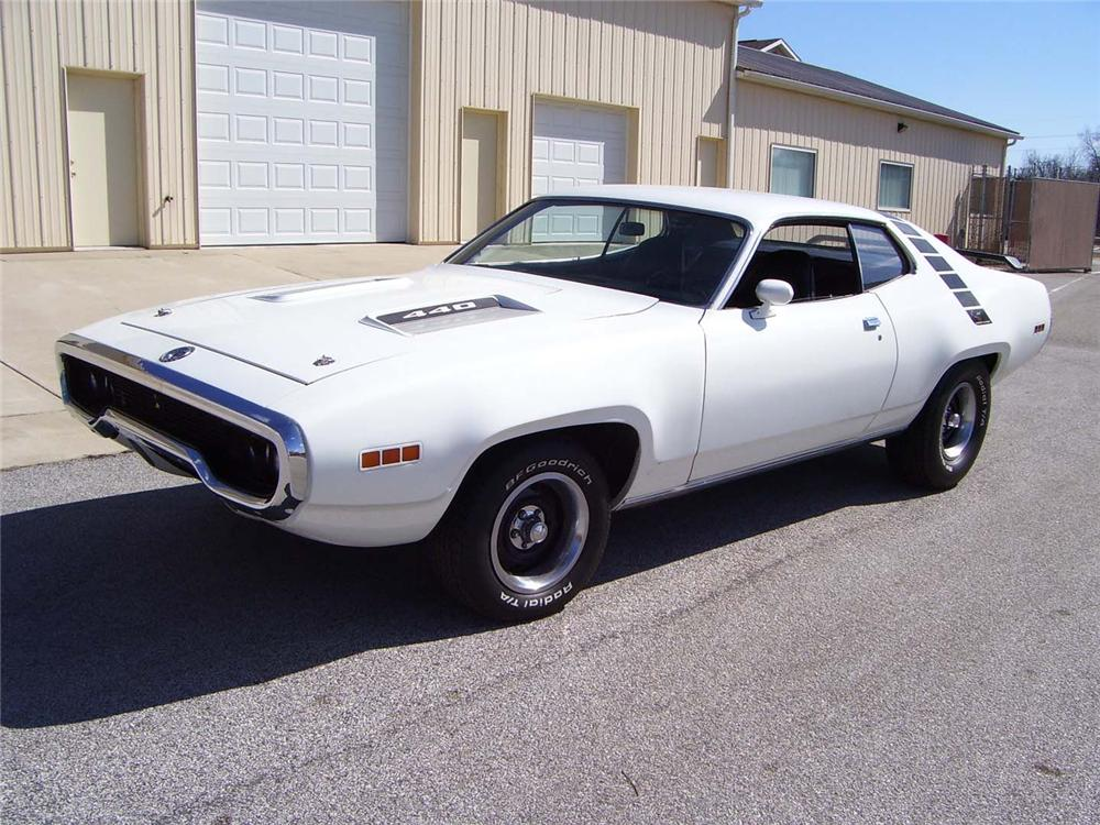 1971 PLYMOUTH SATELLITE CUSTOM 2 DOOR HARDTOP - Front 3/4 - 49910