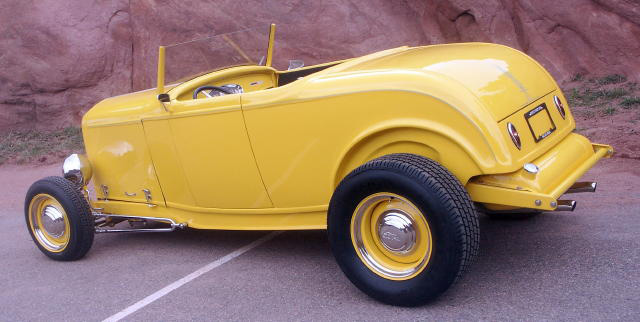 1932 FORD CUSTOM ROADSTER - Rear 3/4 - 50035