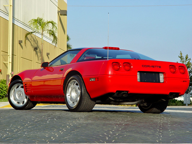 1991 CHEVROLET CORVETTE COUPE - Rear 3/4 - 50199