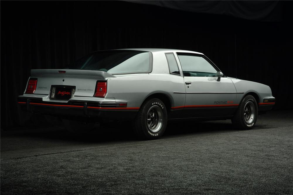 1986 PONTIAC GRAND PRIX AERO COUPE 2+2 - Rear 3/4 - 50517