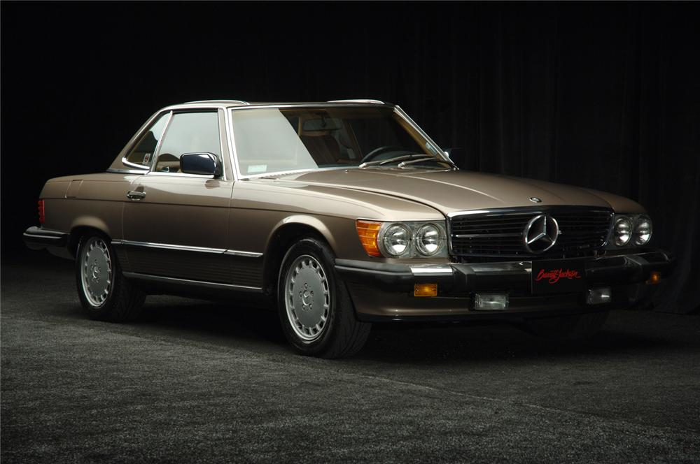 1988 MERCEDES-BENZ 560SL COUPE - Front 3/4 - 50584