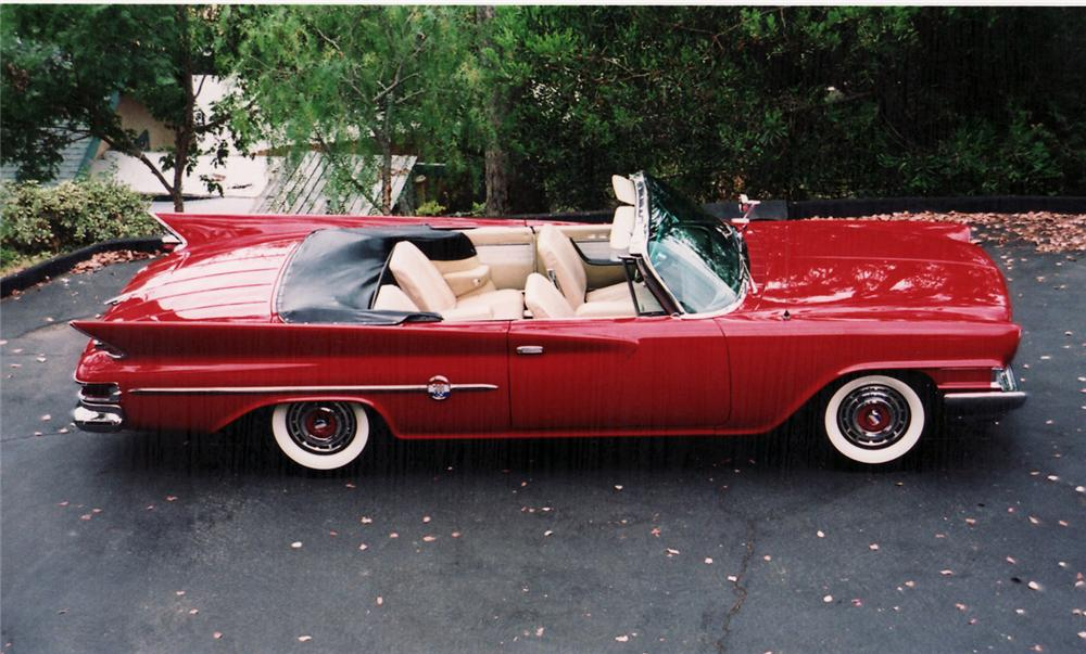 1961 CHRYSLER 300G CONVERTIBLE - Side Profile - 60513