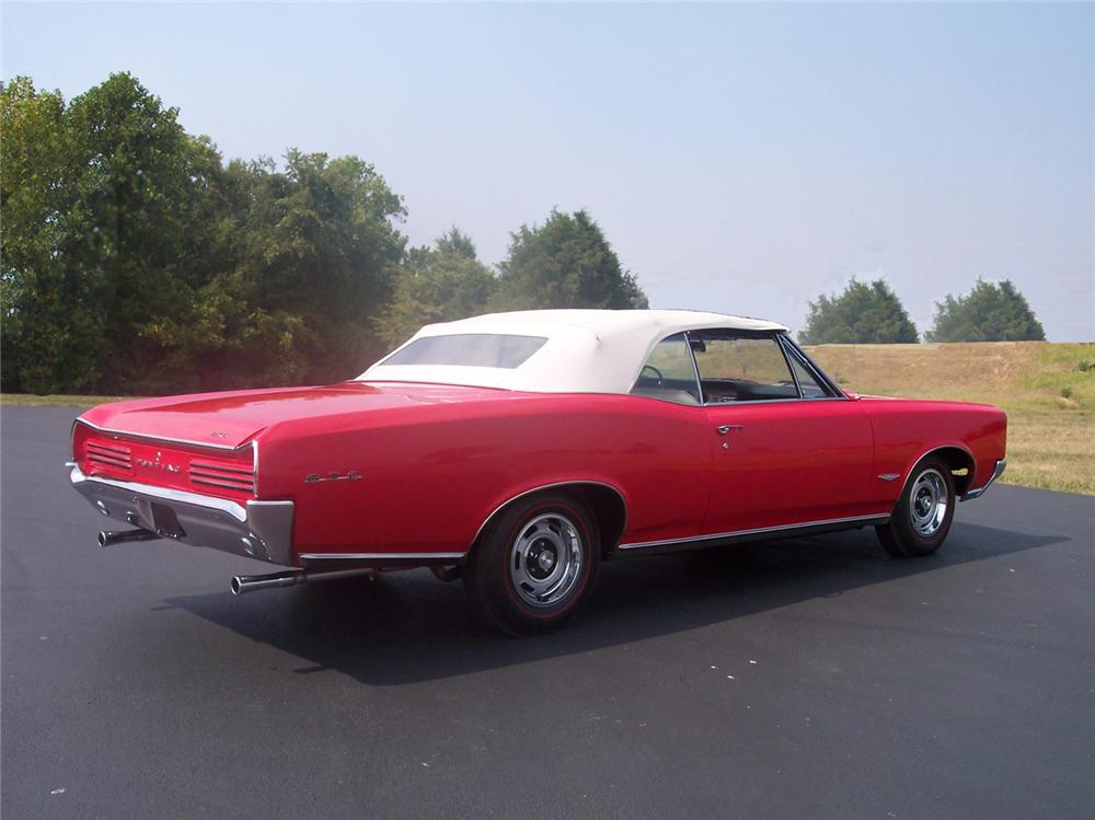 1966 PONTIAC GTO CONVERTIBLE - Rear 3/4 - 60515