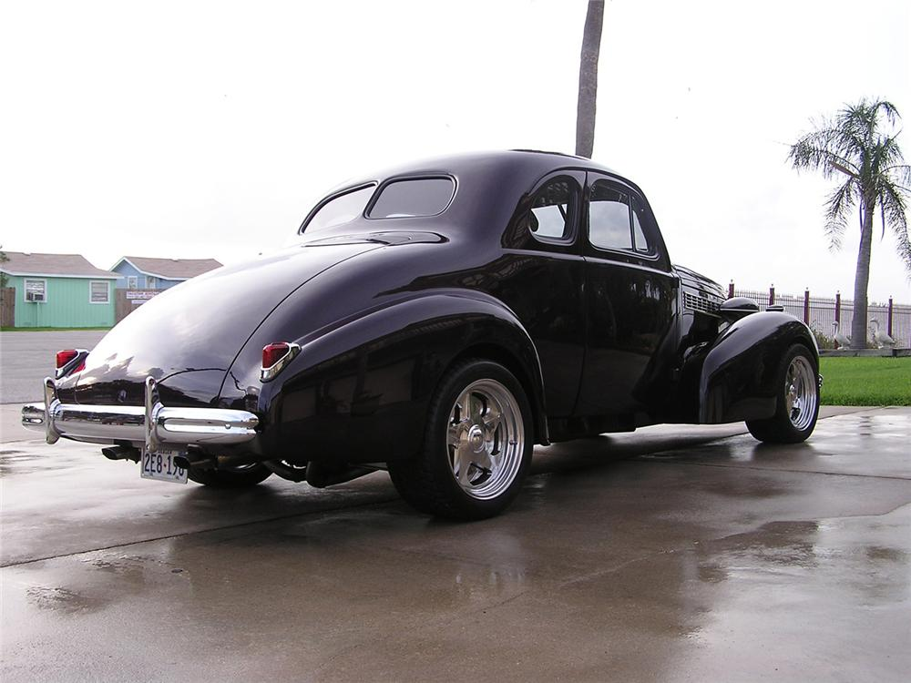 1938 BUICK SPECIAL COUPE CUSTOM - Rear 3/4 - 60533