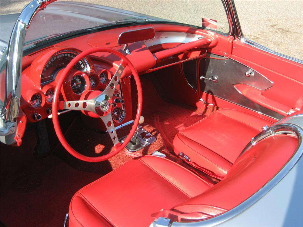 1959 CHEVROLET CORVETTE CONVERTIBLE - Interior - 60590
