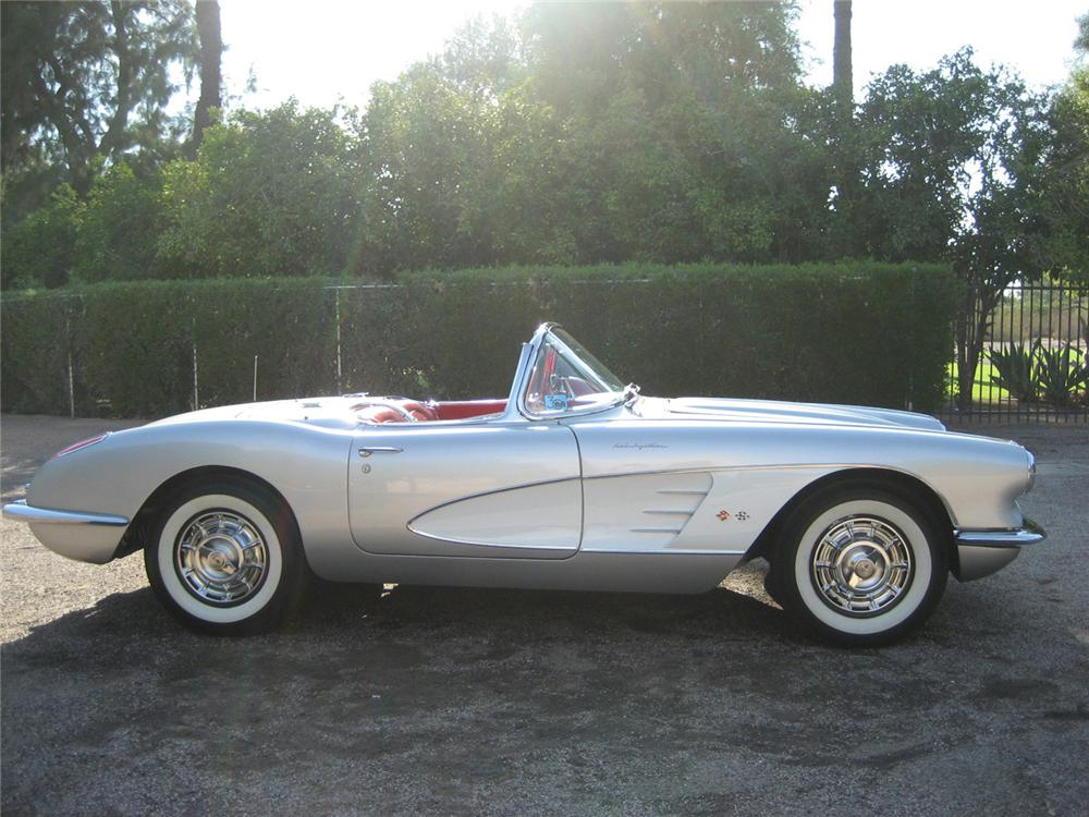 1959 CHEVROLET CORVETTE CONVERTIBLE - Side Profile - 60590