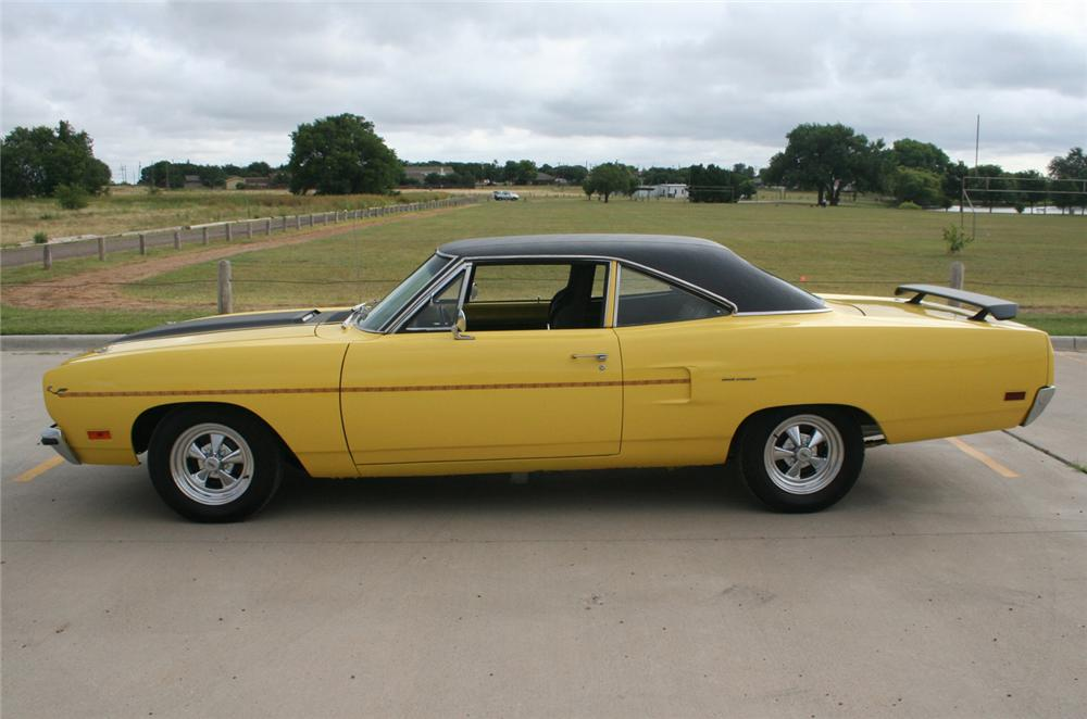 1970 PLYMOUTH ROAD RUNNER 2 DOOR HARDTOP - Side Profile - 60632
