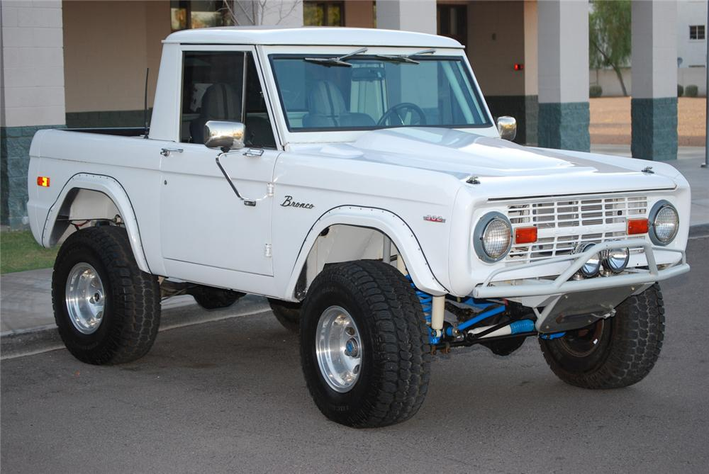 1974 FORD BRONCO HALF CAB - Front 3/4 - 60677