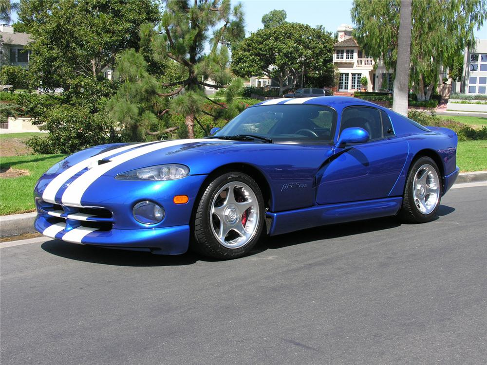 1996 DODGE VIPER GTS COUPE - Front 3/4 - 60725