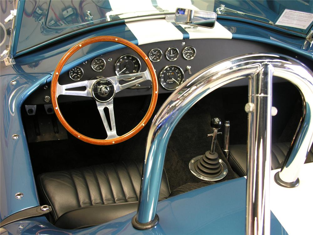 1965 COBRA SERIES 4000 ROADSTER 427 S/C - Interior - 60729