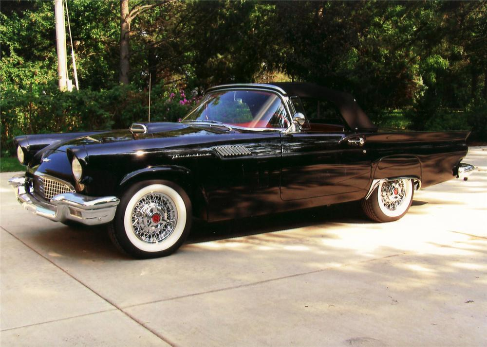 1957 FORD THUNDERBIRD CONVERTIBLE - Front 3/4 - 60735